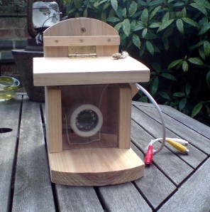 Wireless CCTV bird box
