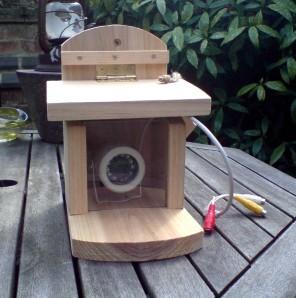 Wireless CCTV bird box